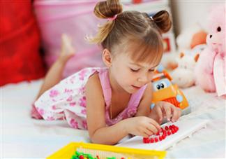 如何按照年龄给宝宝挑选玩具 给宝宝购买玩具的注意事项