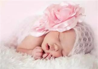 宝宝经常打呼噜会变丑是真的吗 宝宝经常打呼噜怎么办