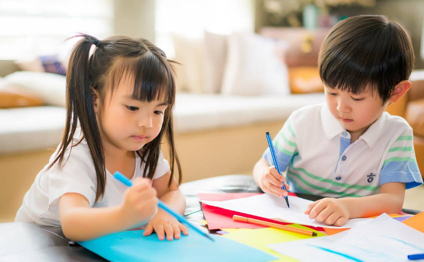 孩子长大了懂事了心情说说 孩子懂事家长心情朋友圈