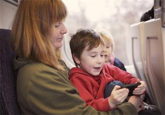 带孩子国庆出去玩怎么让孩子乖乖的 如何管好自己的孩子
