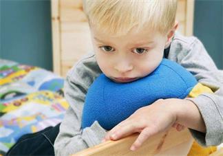 牵挂孩子的心情说说 用一句话表达想念孩子说说朋友圈