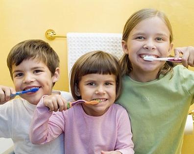 婴儿期如何预防蛀牙 蛀牙是怎么来的