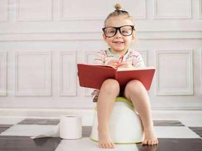 宝宝两岁多还不会如厕 宝宝如何进行如厕训练