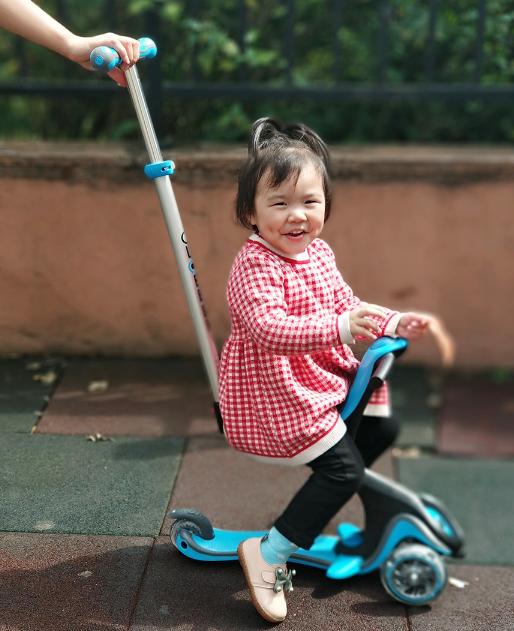 高乐宝儿童滑板车怎么样 高乐宝五合一儿童滑板车测评。