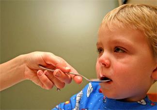 宝宝治疗疝气可以自己揉吗 治疗疝气哪些行为是不可以的