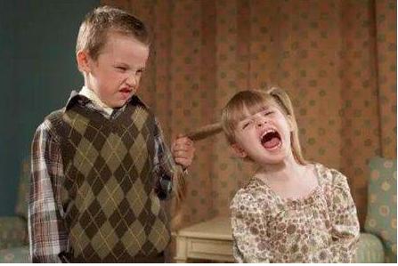 孩子有暴力倾向怎么办 为什么孩子有暴力倾向