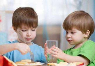 宝宝吃饭喝什么汤好    适合宝宝喝的汤推荐