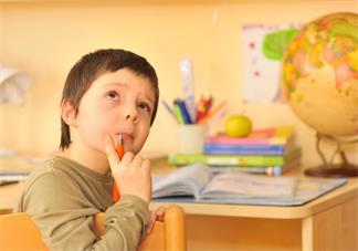 孩子遇到难题就退缩怎么办 怎么让孩子对于困难勇敢挑战