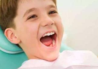 宝宝乳牙龋齿怎么办  乳牙龋齿预防方法