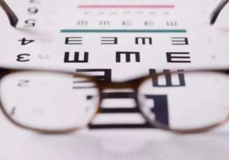 电子产品是视力的杀手 如何孩子如何正确用眼