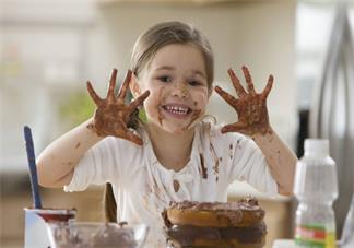 孩子特别的调皮正常吗 怎么应对孩子调皮的行为