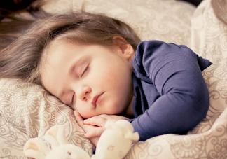 新生儿睡眠时间表  新生儿正确的睡眠时间