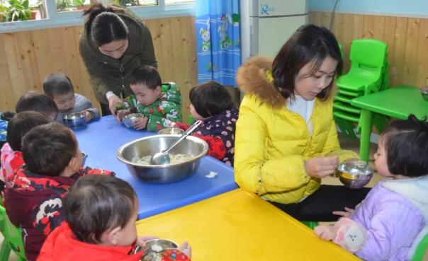 幼儿园冬至吃饺子语录 2018冬至幼儿园包饺子活动内容