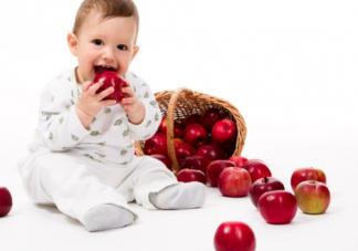 宝宝吃饭噎住是怎么回事 宝宝吃饭噎住的原因