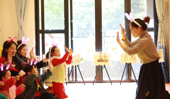 2018圣诞节幼儿园活动开场白 2018圣诞节活动回顾