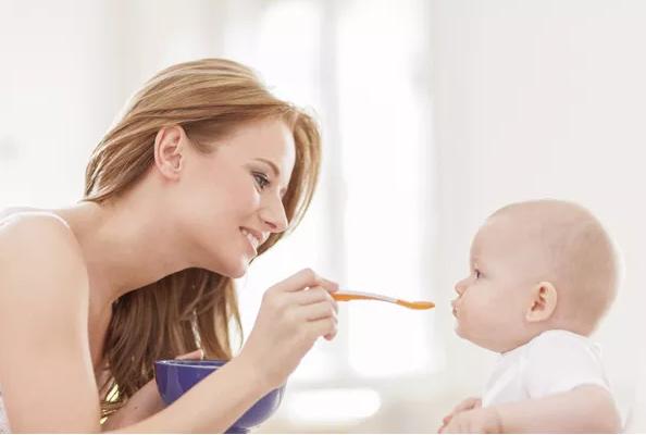宝宝添加辅食要注意什么 宝宝添加辅食方法