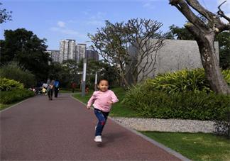 学龄宝宝睡前故事:奔跑吧 呦呦