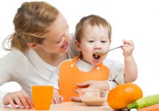 宝宝不吃饭又挑食怎么办 宝宝挑食不吃饭解决办法