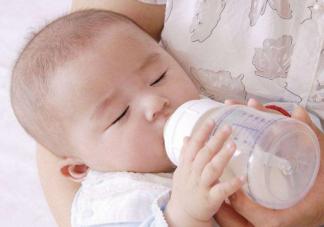 纯母乳喂养需要喝水吗 纯母乳喂养宝宝缺水吗