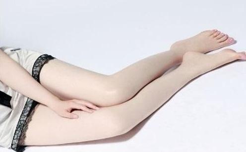 女性私处体毛变白是怎么回事 女性私处体毛变白的原因