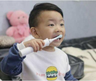 儿童使用电动牙刷的好处 儿童电动牙刷挑选指南