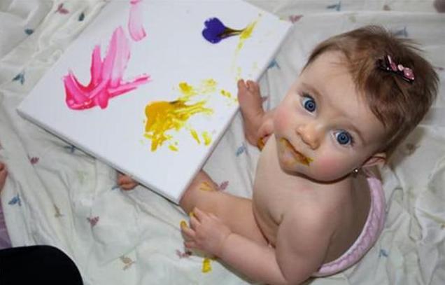 宝宝喜欢到处乱涂乱画怎么办 宝宝喜欢涂鸦的好处