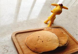 宝宝辅食香蕉坚果松饼 8个月以上宝宝小零食