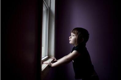 孩子讨好型人格受父母行为影响吗 讨好型人格对孩子有什么影响