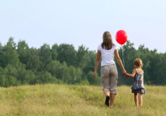 面对熊亲戚如何保护孩子 春节保护孩子方法