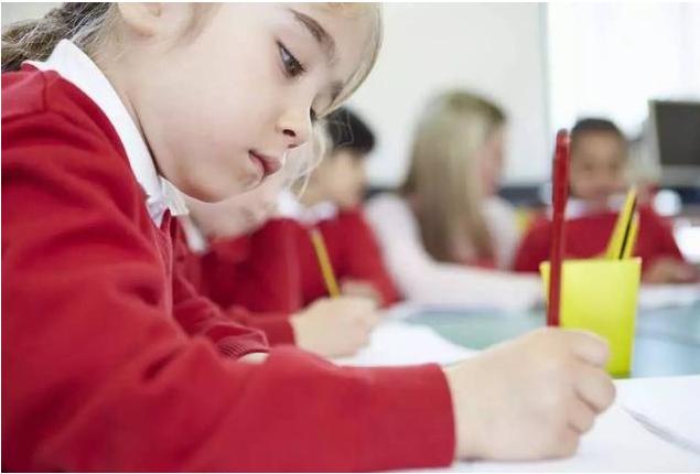 为什么孩子写字很难看 怎么教孩子学写字好看