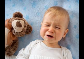 孩子发烧了要用冷毛巾敷吗 孩子发烧退烧的正确方法