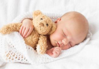 宝宝晚睡觉影响身高吗 宝宝晚睡觉的危害