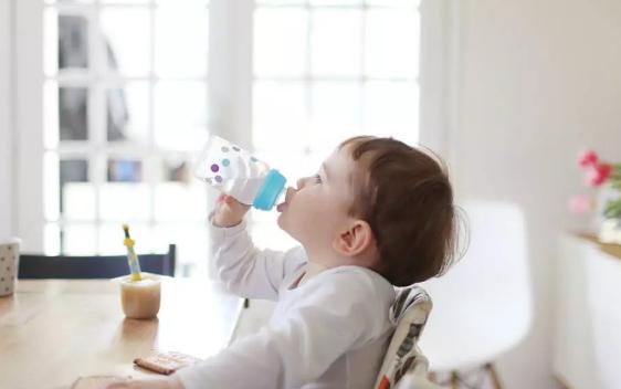 6个月内婴儿纯母乳喂养最好吗 6个月内婴儿纯母乳喂养率高吗