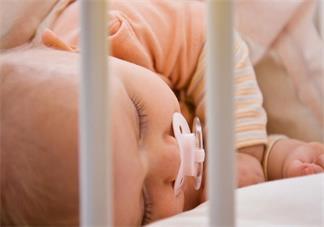 宝宝要睡多久比较好 三个月到四岁月龄宝宝睡觉时间