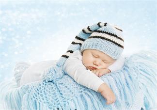 宝宝睡觉不安稳怎么办好 怎么应付孩子夜里频繁醒来