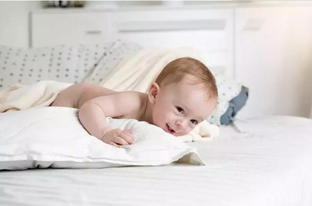 0到3岁宝宝敏感期 金宝贝|0到3岁宝宝敏感期表现有哪些 如何正确认识宝宝的敏感期