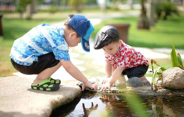【孩子做事情磨蹭怎么办】孩子做事情磨蹭怎么办才好 孩子做事磨蹭家长怎么教育