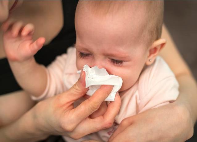 孩子鼻塞鼻屎多怎么处理 孩子鼻塞鼻屎多处理方法
