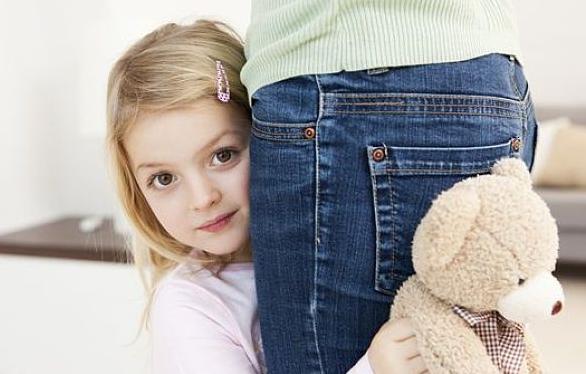 孩子示爱的几种表现 如何判断孩子爱不爱妈妈