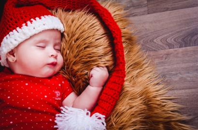 宝宝要不要跟妈妈分床睡 宝宝跟妈妈分床睡会有危险吗