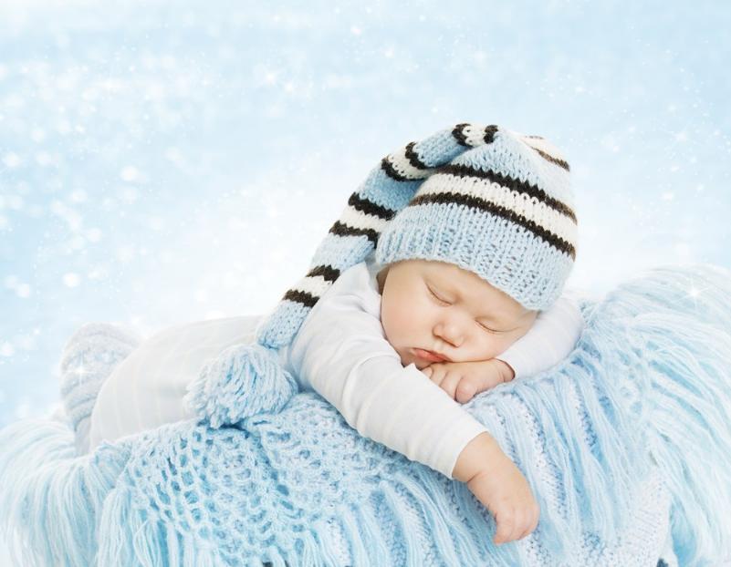 一般3-4个月宝宝会做什么 3-4个月宝宝成长发育变化