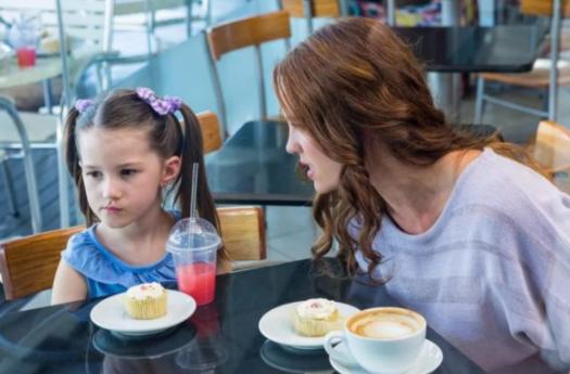 如何与孩子沟通界限 给孩子设定界限的方法