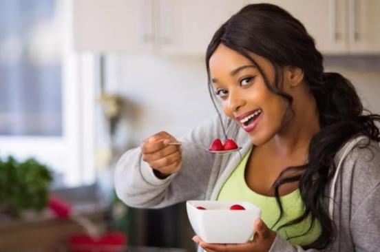 孕妇骨密度低吃什么好 孕妇骨密度低食补方法