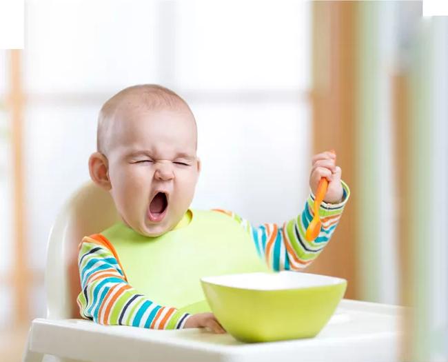 怎么培养宝宝吃辅食的好习惯 培养宝宝好好吃辅食的方法