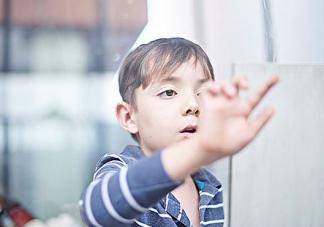 当孩子要钱时父母应该怎么做 父母对孩子有哪些伤害