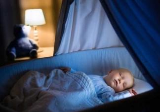 如何哄睡两个月的宝宝 哄睡两个月宝宝的方法