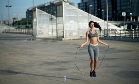 跳绳能预防宫外孕吗 孕防宫外孕有哪些方法