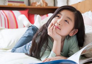宝宝太早学英语影响学中文吗 学双语越早越好吗