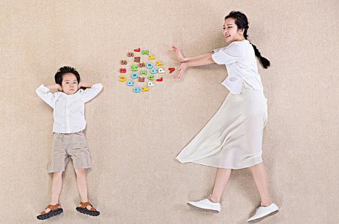 [父母给孩子做榜样的名言]父母给孩子做榜样的好处 父母怎么给孩子做榜样