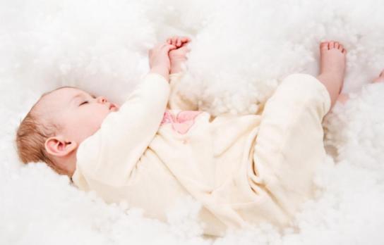 【宝宝哪些自费疫苗必须打】宝宝哪些摇头是正常的 哪些摇头需要警惕